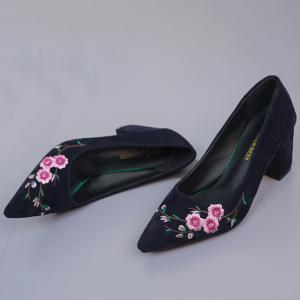 Chunky Broderie Flower Pointed Toe Pumps - Bleu 35