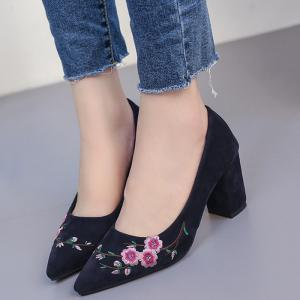 Chunky Embroidery Flower Pointed Toe Pumps - BLUE 36