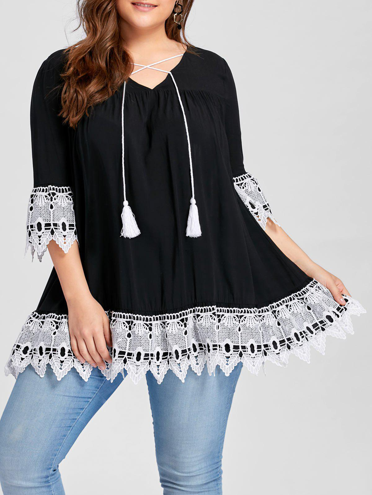 Plus Size Lace Hem Smock BlouseWOMEN<br><br>Size: 2XL; Color: BLACK; Material: Rayon; Shirt Length: Long; Sleeve Length: Three Quarter; Collar: V-Neck; Style: Casual; Season: Fall,Spring; Embellishment: Lace; Pattern Type: Others; Weight: 0.3100kg; Package Contents: 1 x Blouse;