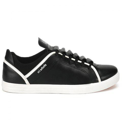 Color Block Round Toe Low Top Sneakers