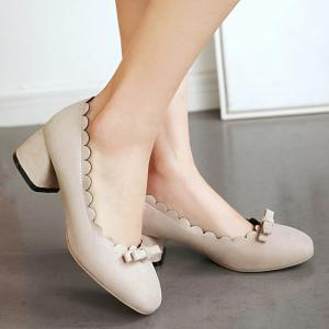 Scallop Bowknot Chunky Pumps - BEIGE 37
