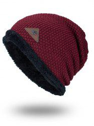Étiquette triangulaire Embellished Fluffy Panel Thicken Knit Hat - Rouge Foncé