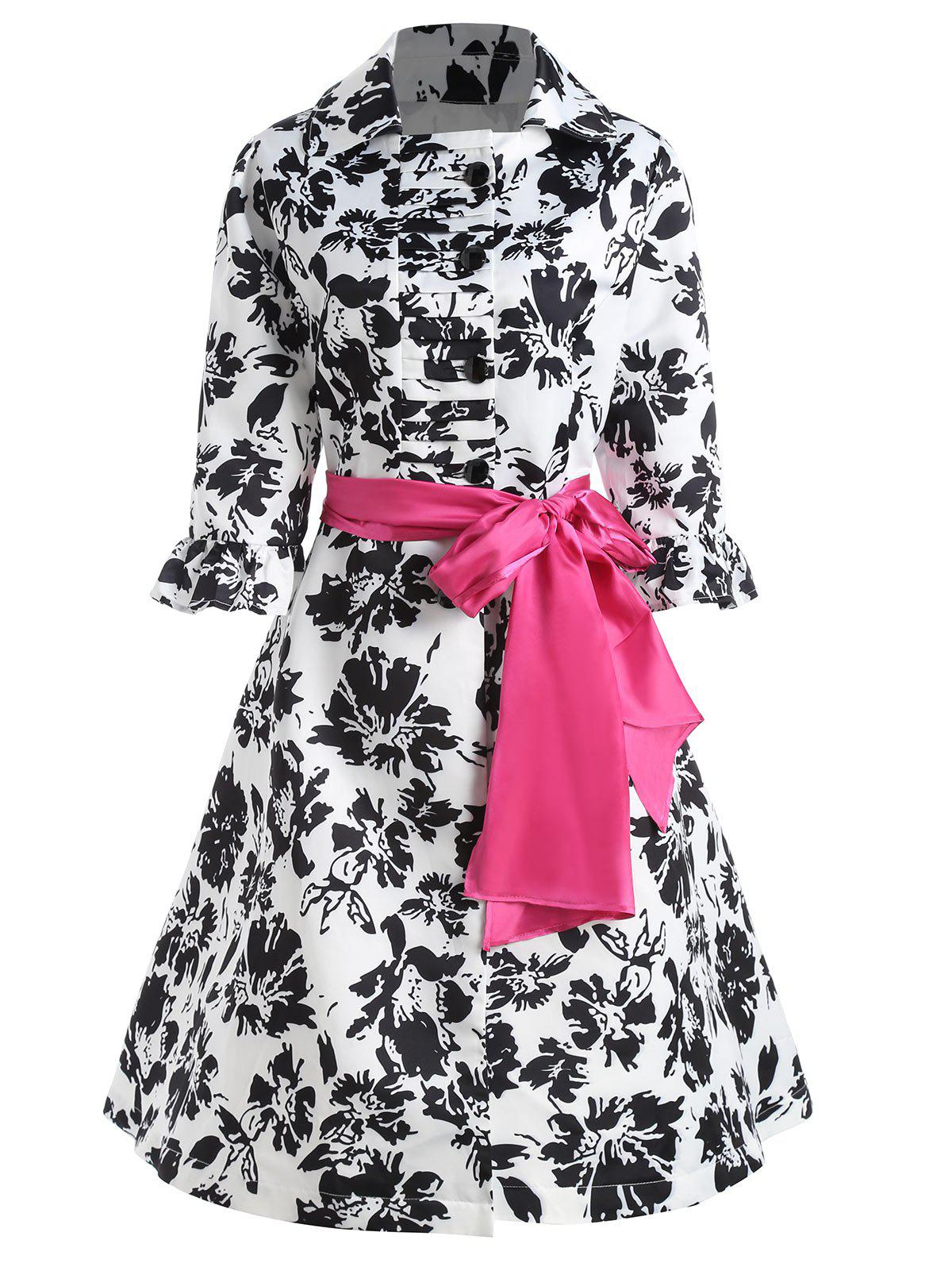 Bell Sleeve Belted Floral Printed Plus Size CoatWOMEN<br><br>Size: 4XL; Color: BLACK; Clothes Type: Trench; Material: Cotton,Polyester; Type: Slim; Shirt Length: Long; Sleeve Length: Three Quarter; Collar: Turn-down Collar; Pattern Type: Floral; Style: Fashion; Season: Fall,Spring; Weight: 0.7000kg; Package Contents: 1 x Coat  1 x Belt;