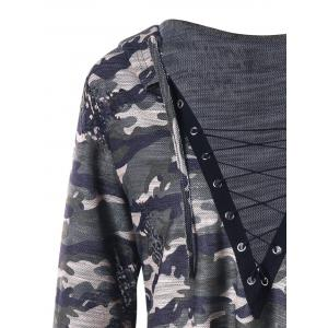 Plus Size Camouflage Lace Up Plunging Hoodie -