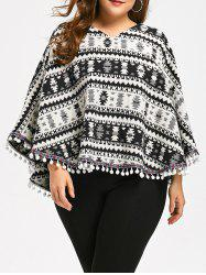 Tassels Geometry Plus Size Cape Sweater -