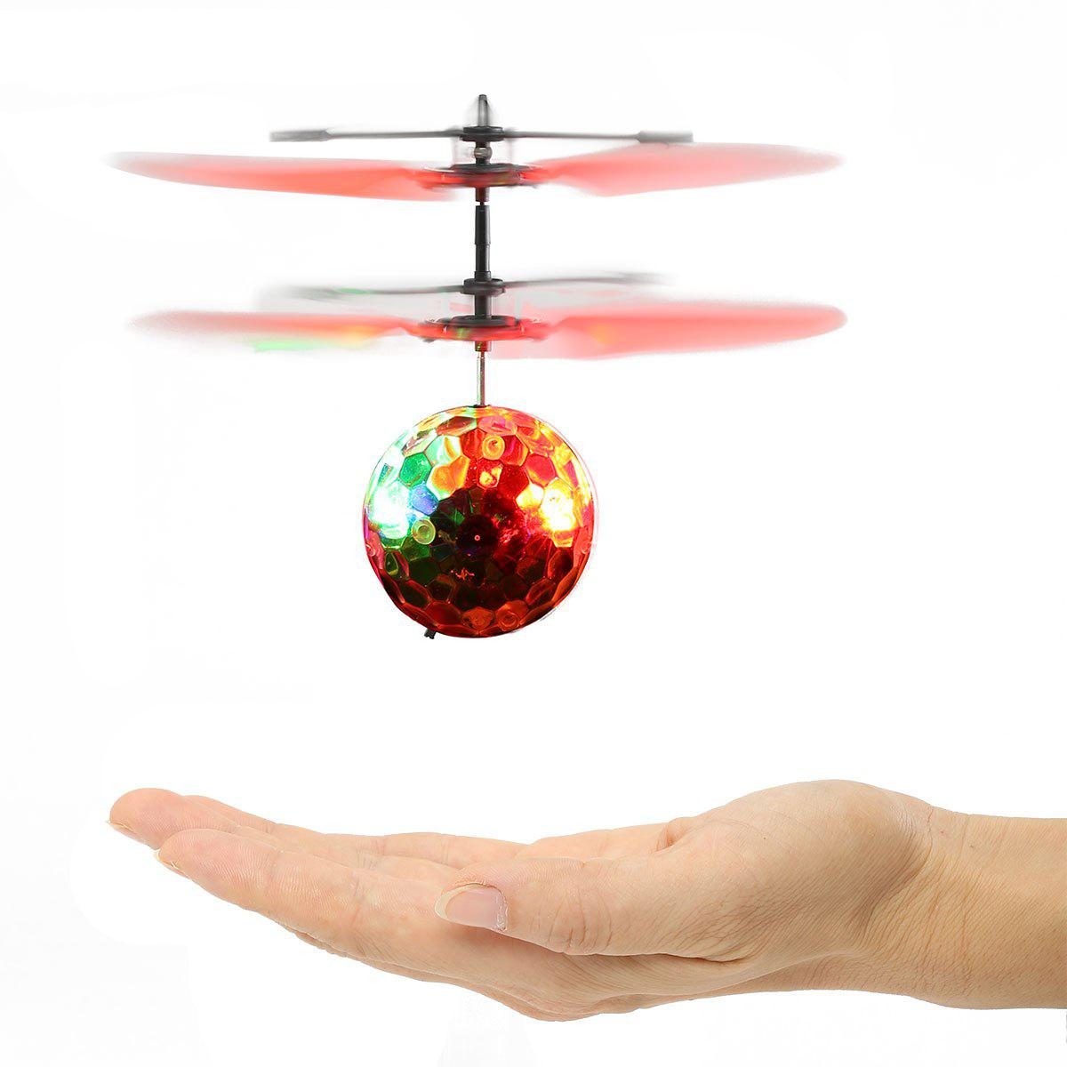 Outfit Colorful LED Flash Infrared Induction Flying Ball