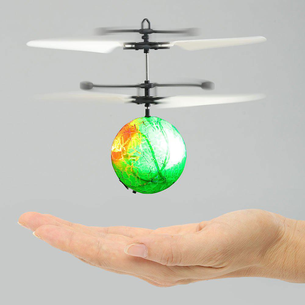 Cheap Colorful LED Flash Infrared Induction Flying Ball