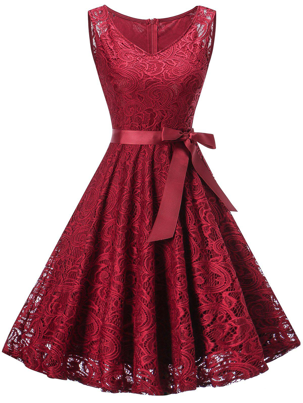Sleeveless V Neck Lace Party DressWOMEN<br><br>Size: 2XL; Color: WINE RED; Style: Brief; Material: Polyester; Silhouette: A-Line; Dresses Length: Knee-Length; Neckline: V-Neck; Sleeve Length: Sleeveless; Pattern Type: Paisley; With Belt: Yes; Season: Fall,Spring; Weight: 0.5000kg; Package Contents: 1 x Dress  1 x Belt; Occasion: Bridesmaid,Cocktail &amp; Party,Night Out,Pageant Dresses,Party;