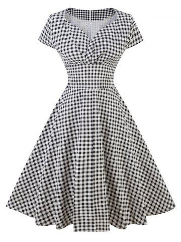 Robe patineuse à carreaux vintage