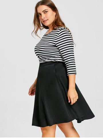 Top Listrado com Saia Plus Size