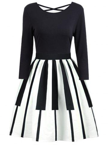 Criss Cross Piano Imprimer Vintage Dress