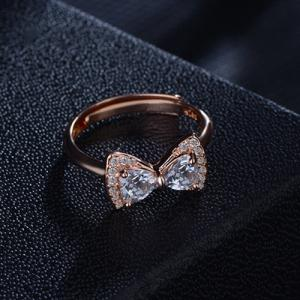 Rhinestone Alloy Bowknot Finger Ring -