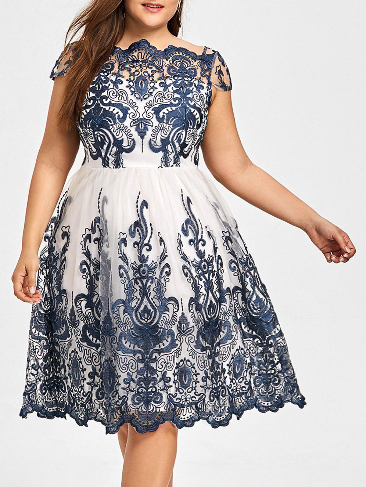 Lace Scalloped Plus Size Tulle Dress