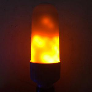 Flickering 5W LED Ampoule de Flamme d'émulation -