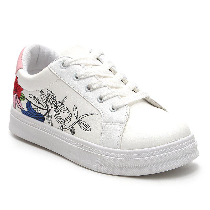 Chic Floral Embroidery Skate Shoes