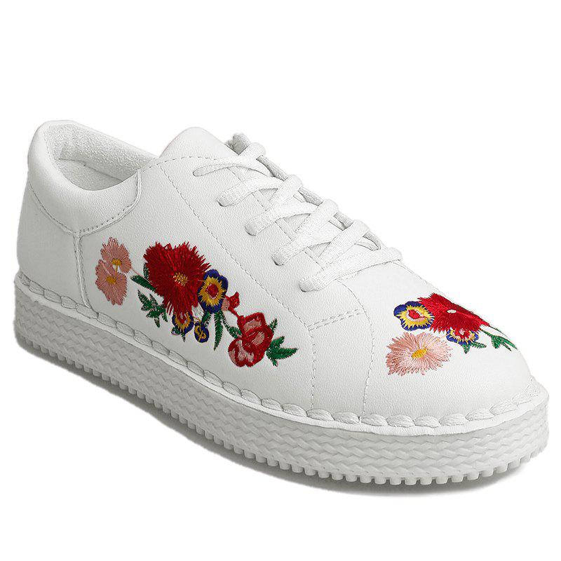 Outfits Round Toe Floral Embroidered Sneakers