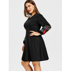 Plus Size A Line Floral Embroidered Dress -