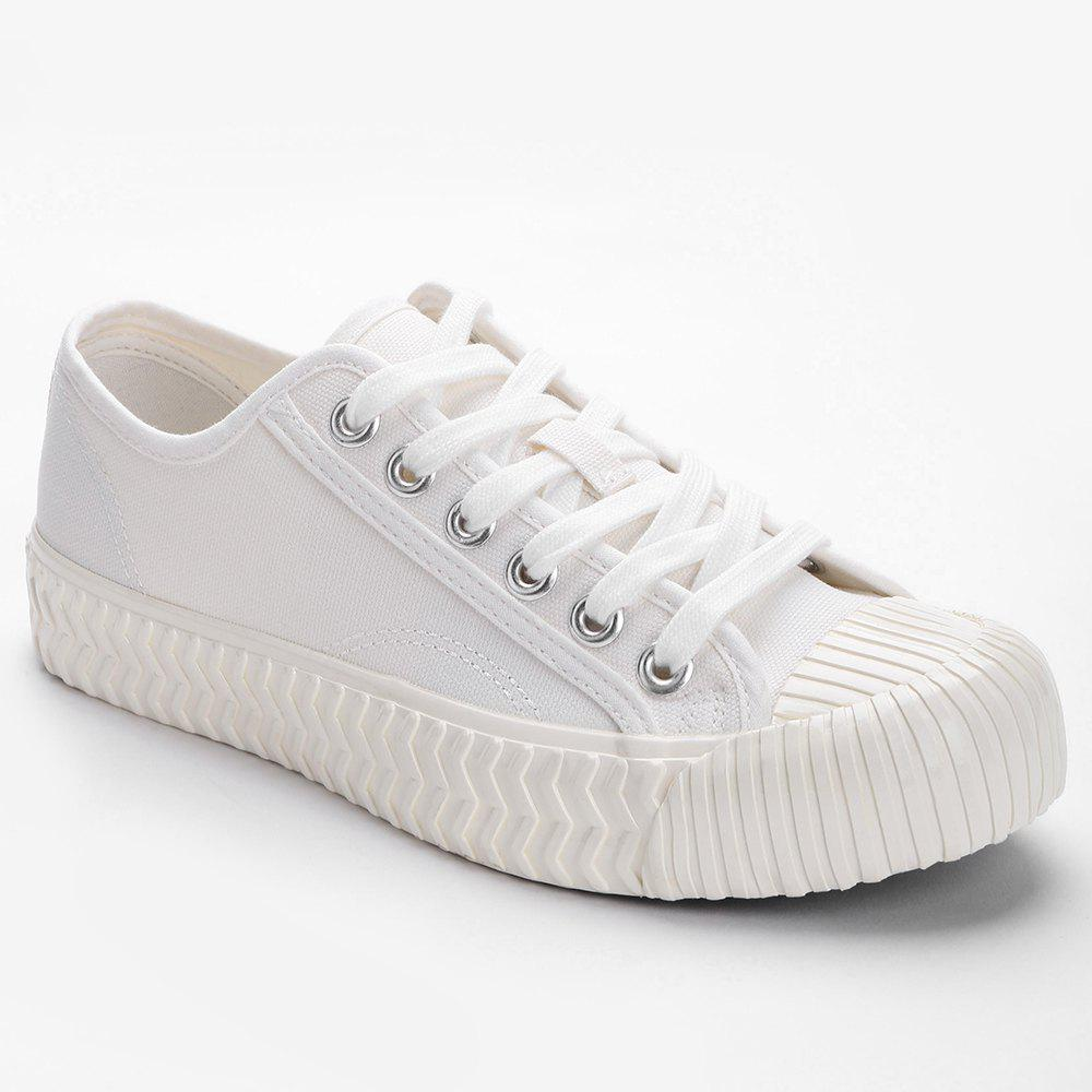 Shops Low Top Stitches Sneakers