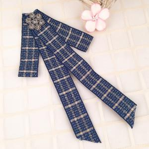 Simple Rhinestone Checked Pattern Collar Brooch -
