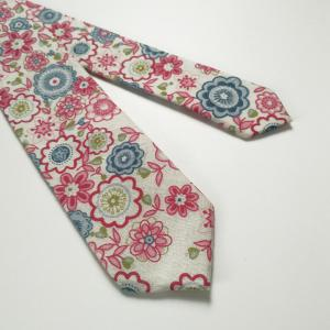 Unique Floral Pattern Necktie and Handkerchief -