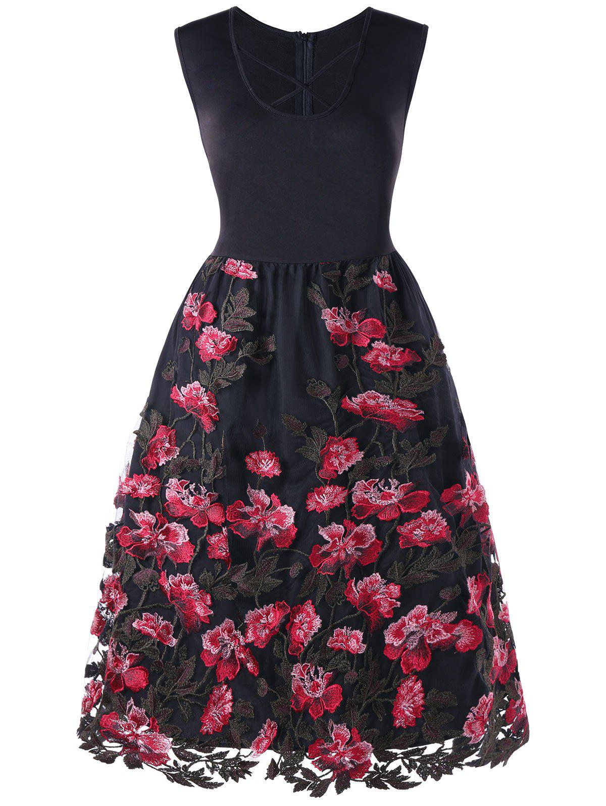 Fashion Plus Size Embroidery Appliqued Floral Swing Dress