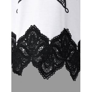 Plus Size Two Tone Lace Panel T-shirt -
