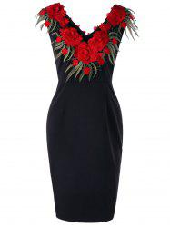 Plus Size Stereo Flower Sleeveless Sheath Dress -