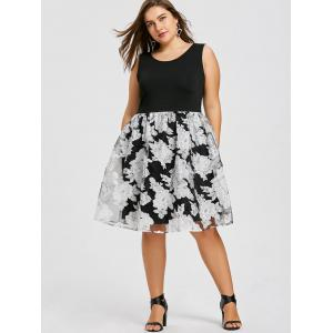 Plus Size Floral Sleeveless Skater Dress -