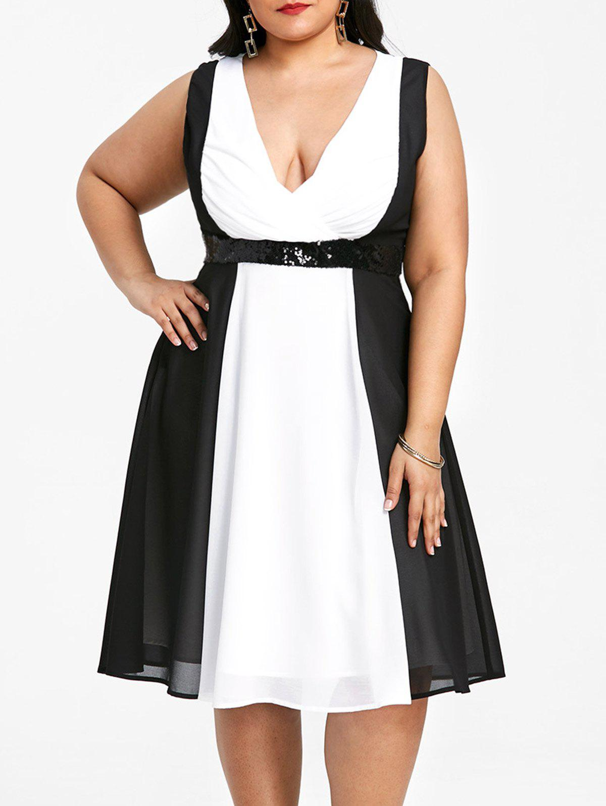 Chic Plus Size Two Tone Sleeveless Plunging Dress
