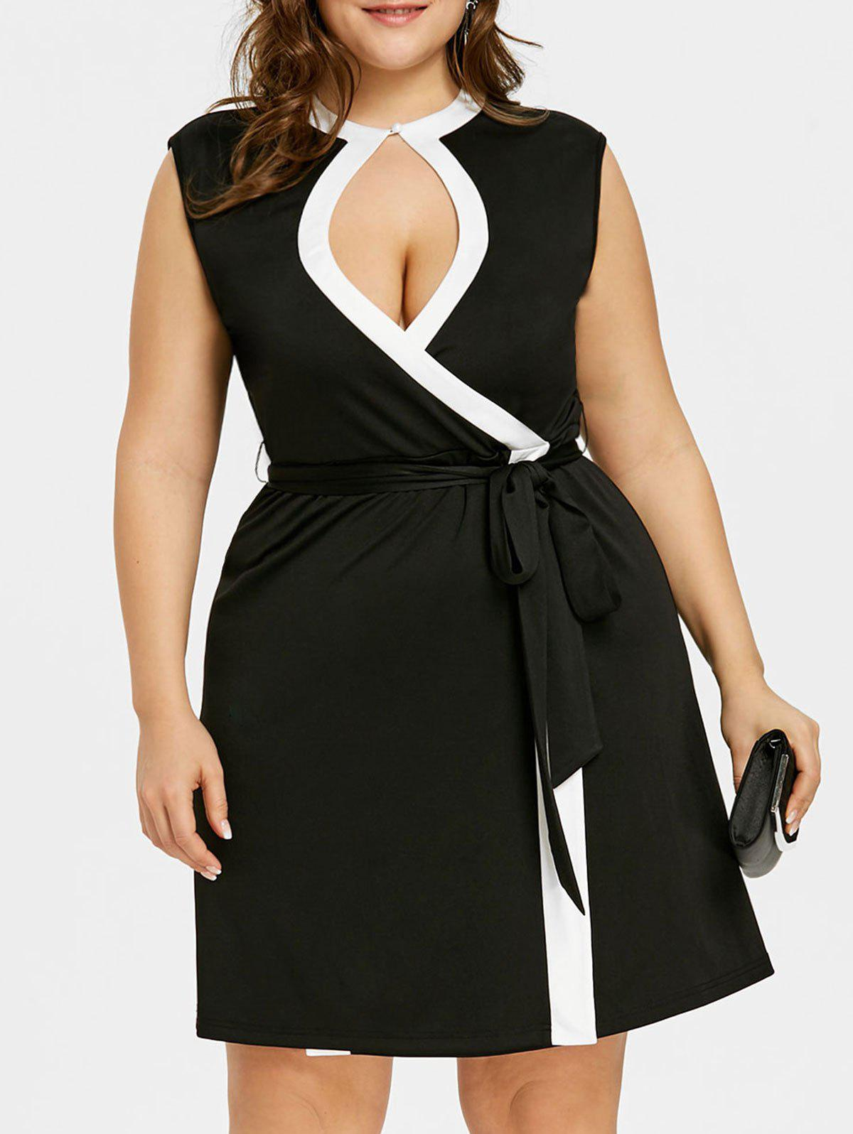 Store Plus Size Contrast Trim Keyhole Neck Sleeveless Dress