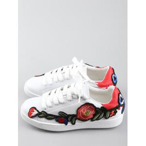 Floral Embroidery Lace Up Sport Shoes -