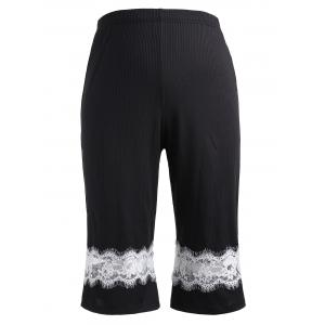 Plus Size Eyelash Lace Insert Capri Pants -