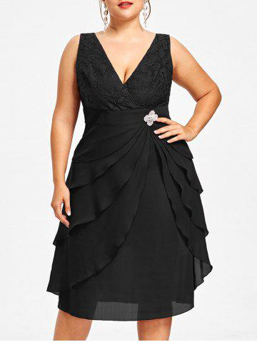 Fancy Plus Size Lace Trim Tiered Dress with Brooch