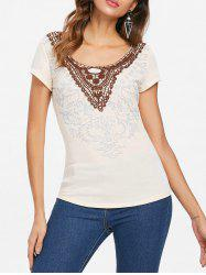 Scoop Neck Applique T-shirt -