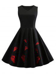 Cray Embroidery V Neck Vintage Dress -