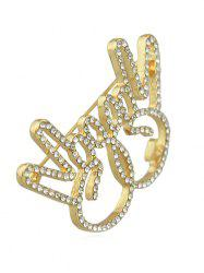 Broche Signe V Design en Strass -