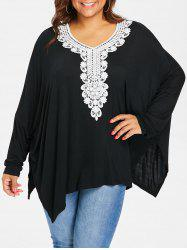 Plus Size Applique V Neck Top -