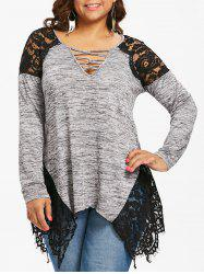 Plus Size Lace Trim V Neck T-shirt -