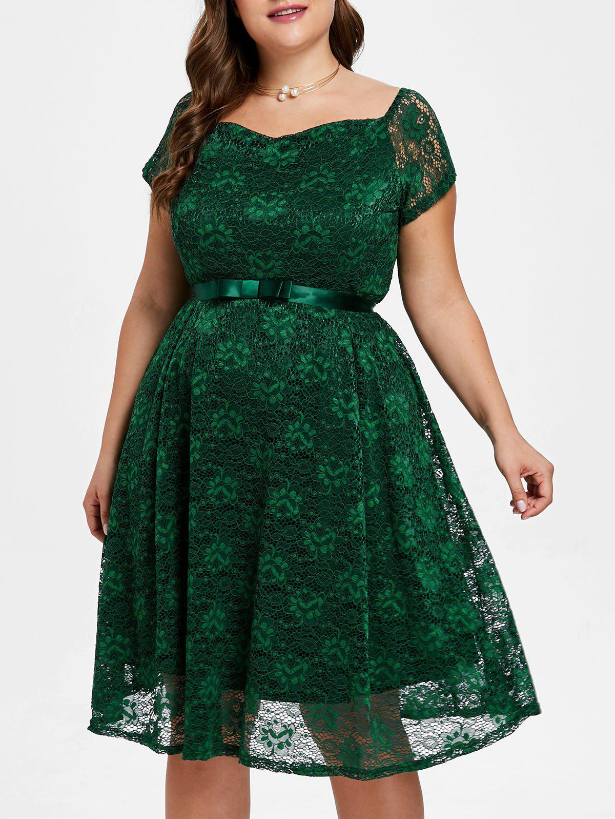 Affordable Sweetheart Neck Plus Size Lace A Line Dress