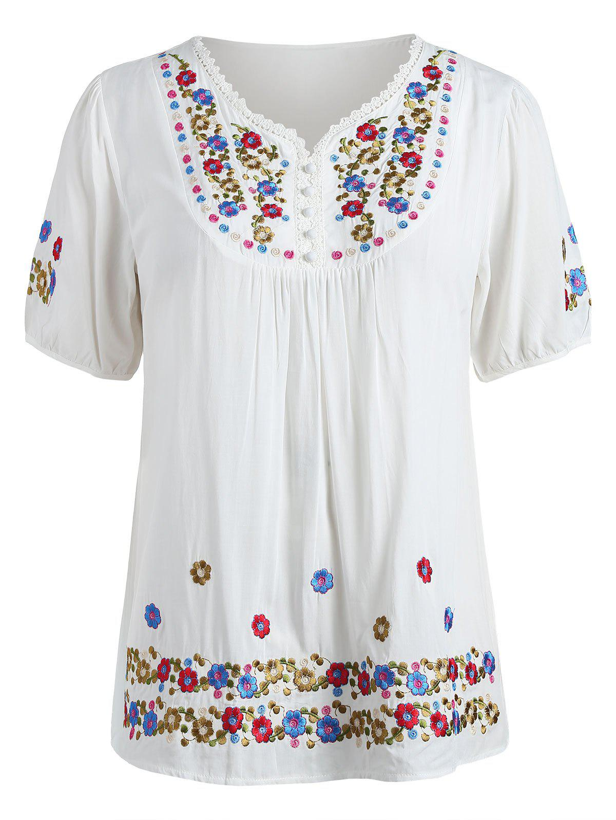 Hot Floral Embroidery Plus Size Short Sleeve T-shirt