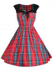 Sweetheart Neck Plus Size Tartan Fit and Flare Dress -