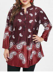 Plus Size V Neck Paisley Print Tee with Buttons -