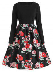 Plus Size Vintage Floral Print Fit and Flare Dress -