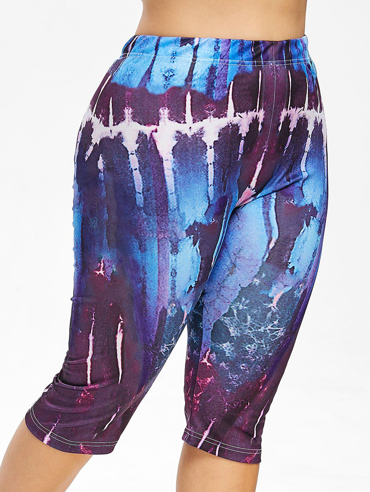 Abstract Print Plus Size Capri Leggings