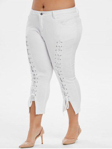 Plus Size Lace Up Capri Frayed Jeans - WHITE - L