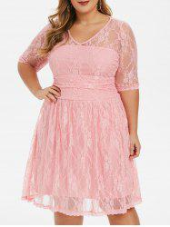 Scalloped Hem Ruched Plus Size Lace Dress -