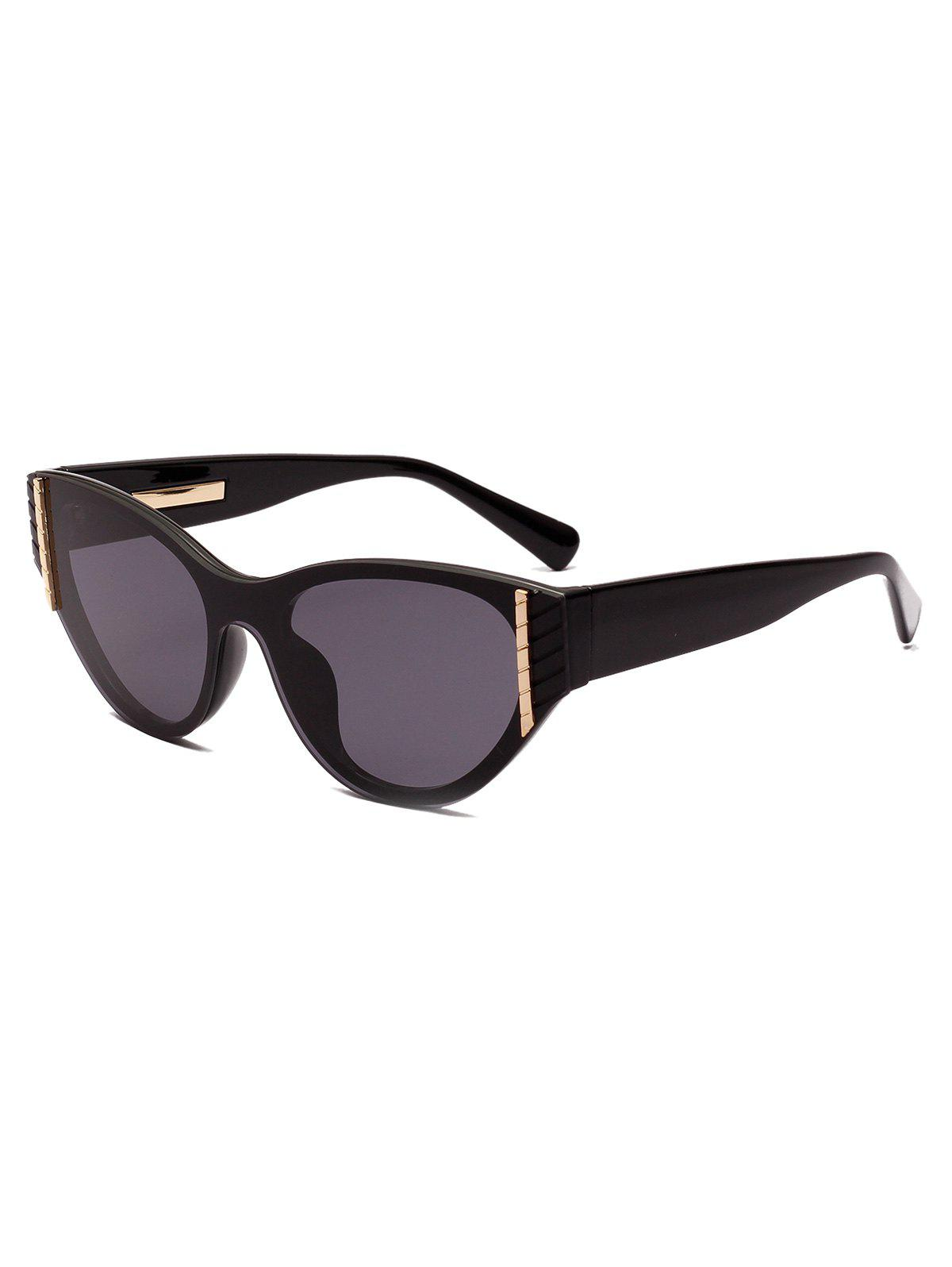 Fashion Geometric Rivet Vintage Catty Eye Sunglasses