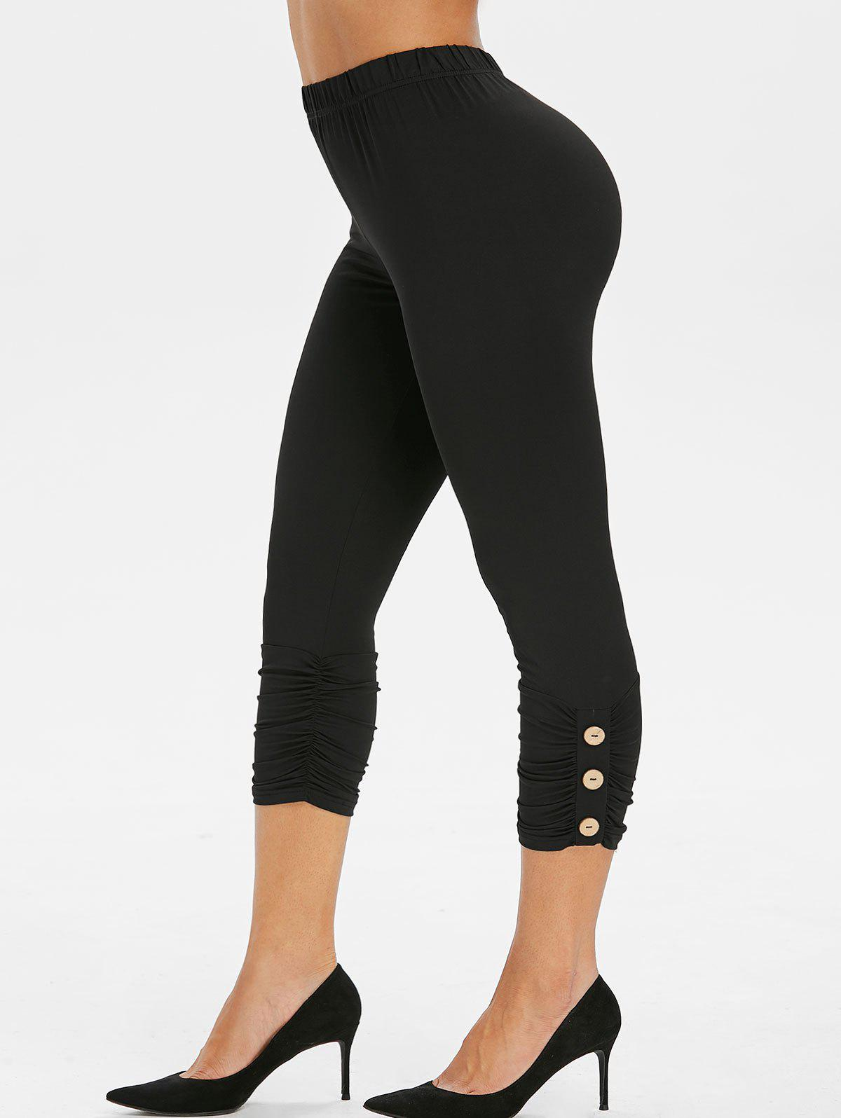 Outfit Buttoned Ruched Capri Leggings