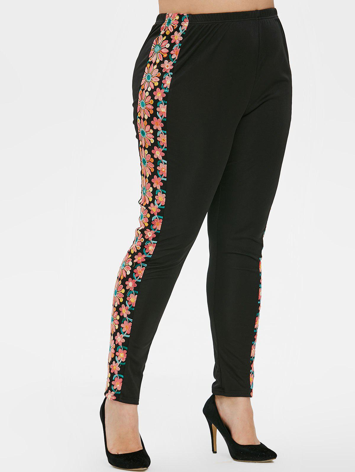 Fancy Plus Size Embroidered Tight Leggings