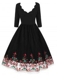 Plus Size Vintage Floral Embroidered Pin Up Dress -